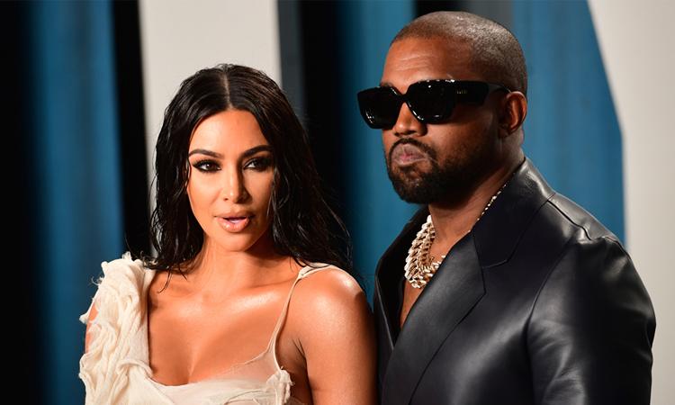 Kim Kardashian và Kanye West tại tiệc sau lễ trao giải Oscar tháng 2/2020. Ảnh: AP.