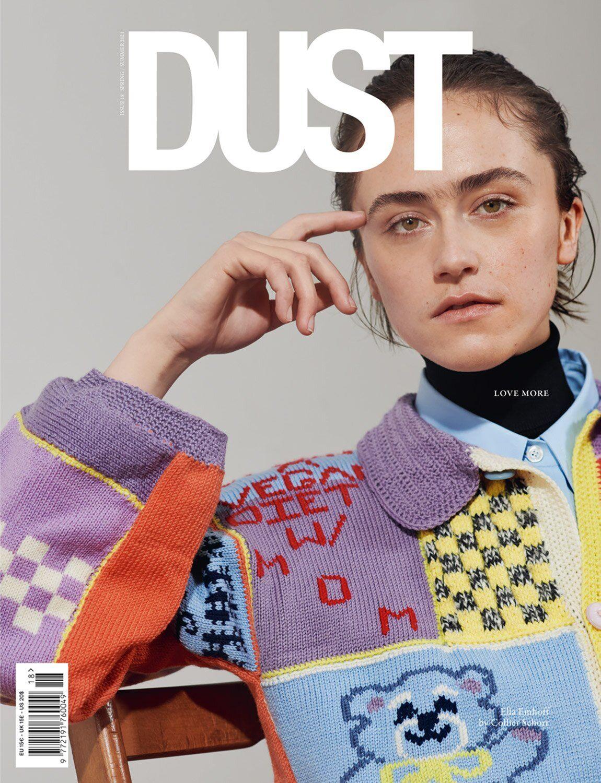 Ella Emhoff trên bìa tạp chí Dust. Ảnh: Dust.