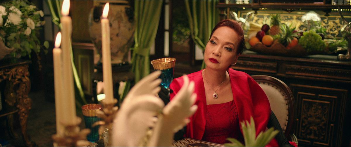 Lê Khanh có vai diễn xuất thần trong phim. Ảnh: Mar6.