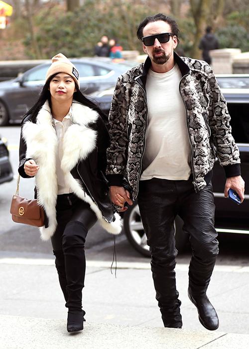 Nicolas Cage mới cưới vợ thứ năm Riko Shibata, kém anh 31 tuổi.