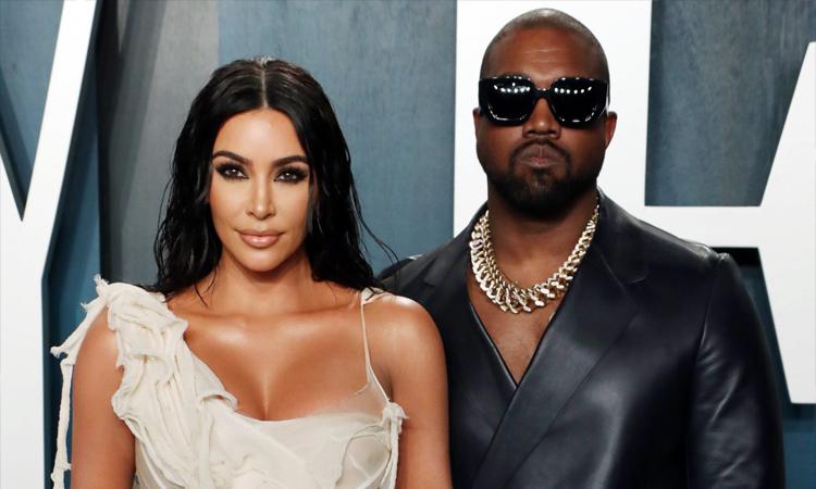 Kanye West cắt liên lạc với Kim Kardashian