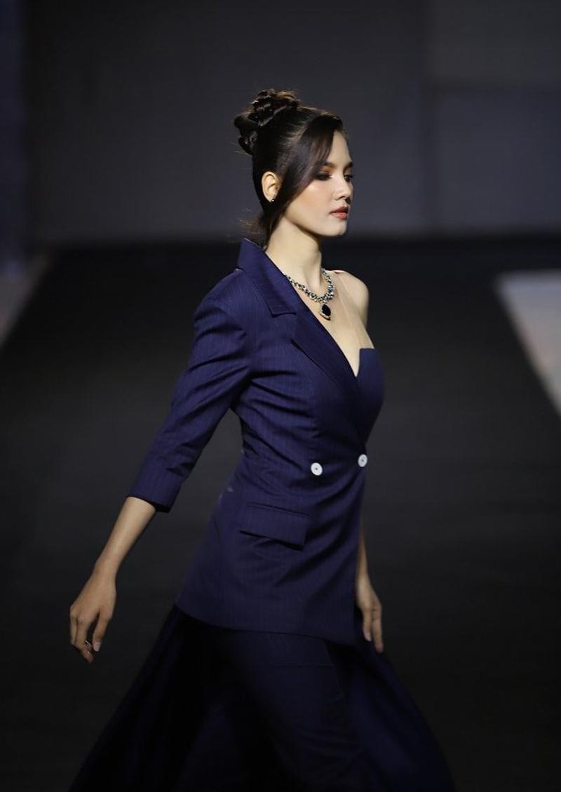Nhan sắc tân Hoa hậu Hoàn vũ Lào - 5