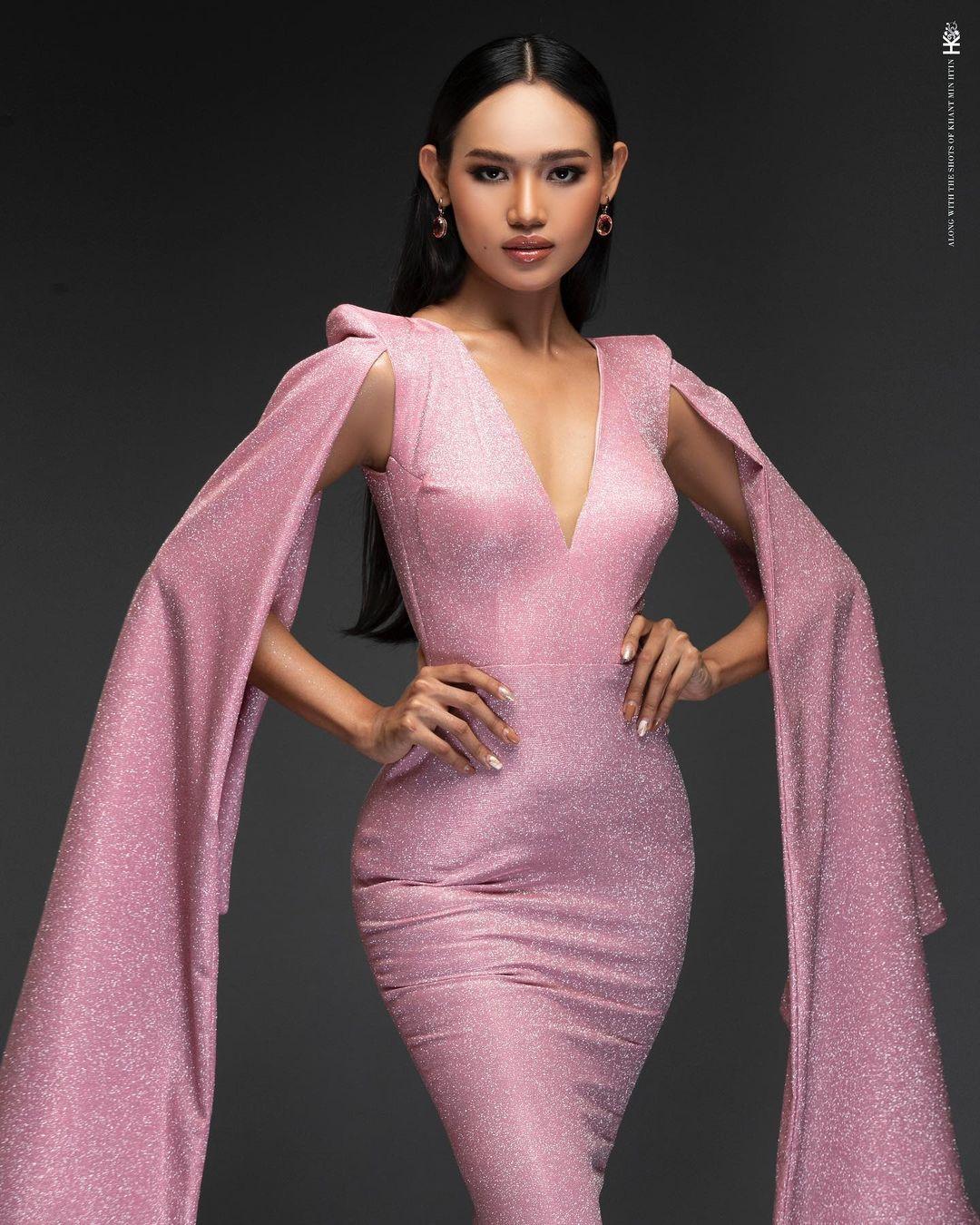 Trong cuộc thi Hoa hậu Hoàn vũ Myanmar năm ngoái, cô được đánh giá cao nhờ gương mặt đẹp, nụ cười rạng rỡ và khả năng ứng xử thông minh. Ảnh: Miss Grand.