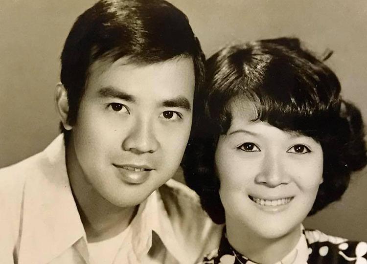 Bảo Quốc bên vợ - bà Nguyễn Ngọc Thu Thủy - thuở mới gắn bó. Ảnh: Nhân vật cung cấp.