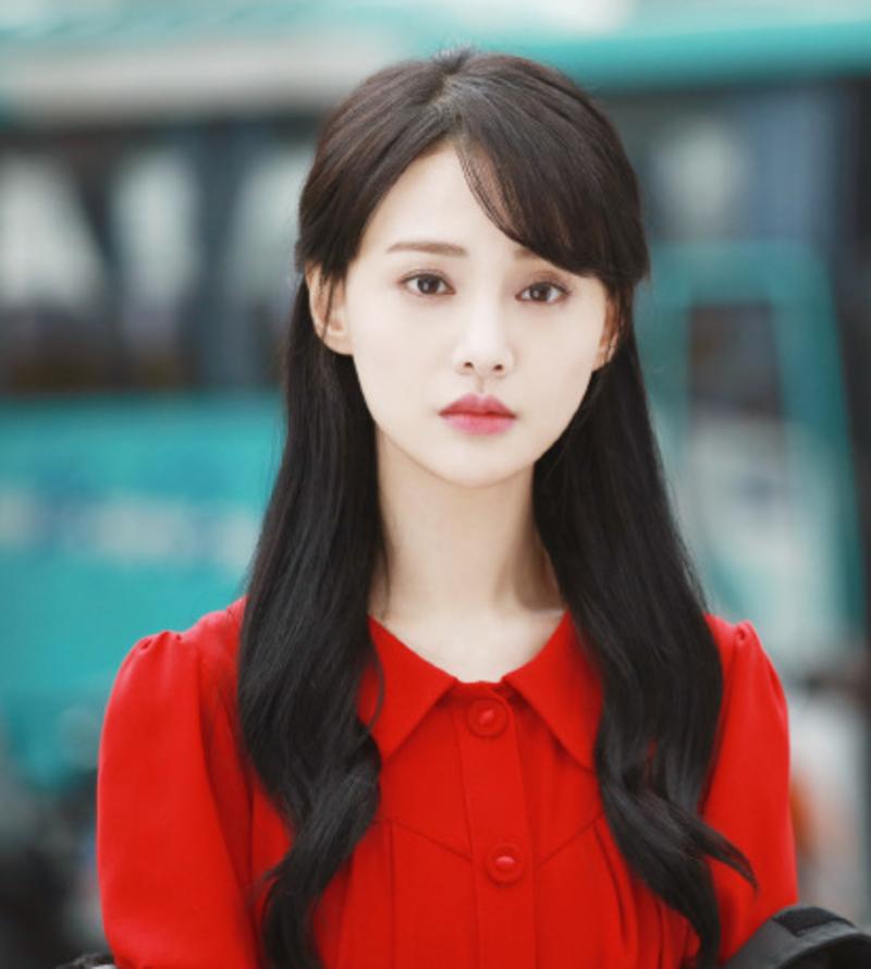 Trịnh Sảng điêu đứng vì bê bối đời tư. Ảnh: Weibo.