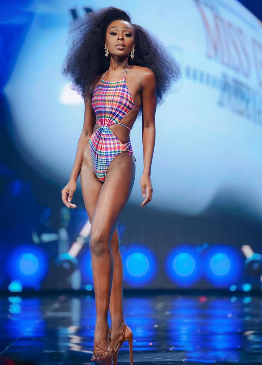 Appiah trong phần thi trang phục bikini. Cô cao 1,78 m, nặng 62 kg, số đo ba vòng lần lượt là: 81-66-104 cm. Theo Angelopedia, cô được đánh giá cao ở khả năng trình diễn, thần thái tự tin, cuốn hút trên sân khấu. Ảnh: Miss Grand International.