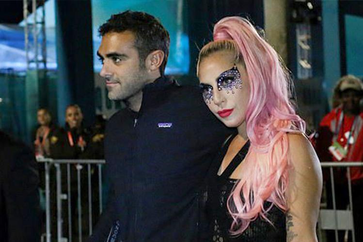 Lady Gaga và doanh nhân Michael Polansky tại sự kiện Super Bowl. Ảnh: Reuters.