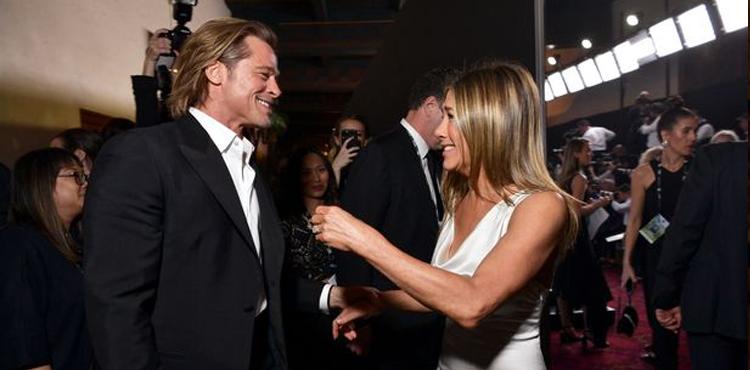 Jennifer Aniston và Brad Pitt tại lễ trao giải SAG 2020. Ảnh: AFP.