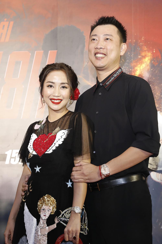 Ốc Thanh Vân đóng vai thứ chính - Nga, vợ Hiền, một phụ nữ mắc bệnh tim, bất đắc dĩ trở thành nạn nhân vụ truy sát khi
