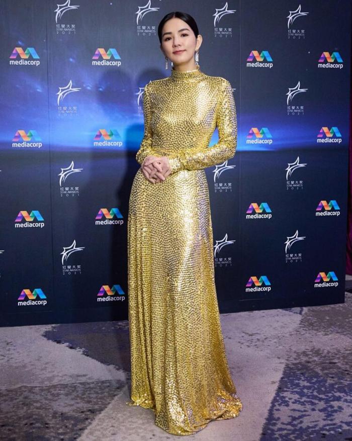 Trần Gia Hoa diện đầm Marc Jacobs.