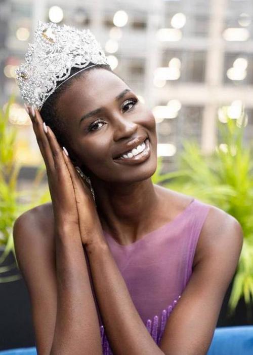 Nova Stevens, 27 tuổi, đăng quang Miss Universe Canada hồi tháng 10/2020. Ảnh: Straight.