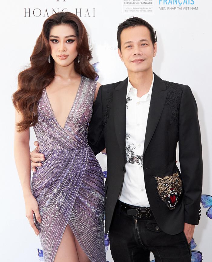 Hoàng Hải và Khánh Vân - Hoa hậu Hoàn vũ Việt Nam 2019 - tại buổi giới thiệu show Tạ ơn ngày 22/4 tại TP HCM. Ảnh: Sang Đào.