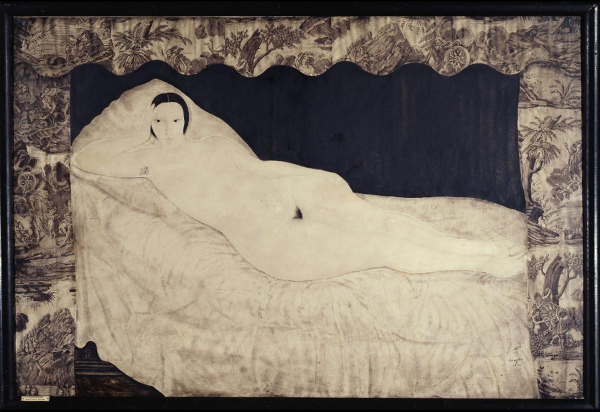Reclining Nude with Toile de Jouy được bán với giá 1,2 triệu USD tại Christie ở New York năm 2013. Tác phẩm ra đời năm 1922, là một trong những tranh khỏa thân đầu tiên của Foujita dùng người mẫu thật. Tsuguharu Foujita (1886 - 1968), nổi tiếng trong lĩnh vực tranh khắc, tranh mực. Ông còn được mệnh danh là họa sĩ vẽ mèo đẹp nhất thế giới. Năm 1910, sau khi tốt nghiệp Đại học Mỹ thuật và Âm nhạc Quốc gia Tokyo, ông sang Pháp và theo học trường Mỹ thuật Quốc gia Paris. Từ bỏ phong cách Italy nhuốm màu chủ nghĩa Nhật Bản và ảnh hưởng của Douanier Rousseau, ông vẽ một loạt tranh khỏa thân với người mẫu thật, đây thể loại gần như không tồn tại trong hội họa Nhật Bản. Ảnh: Christie.