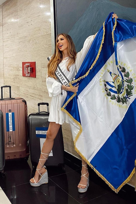 Người đẹp El Salvador - Vanessa Velásquez.