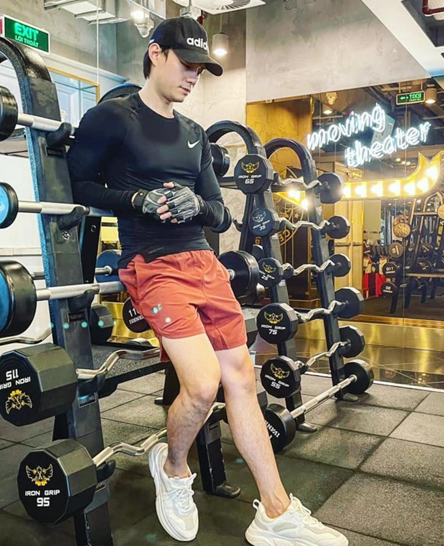Phong cách của bạn trai Trương Ngọc Ánh - 10