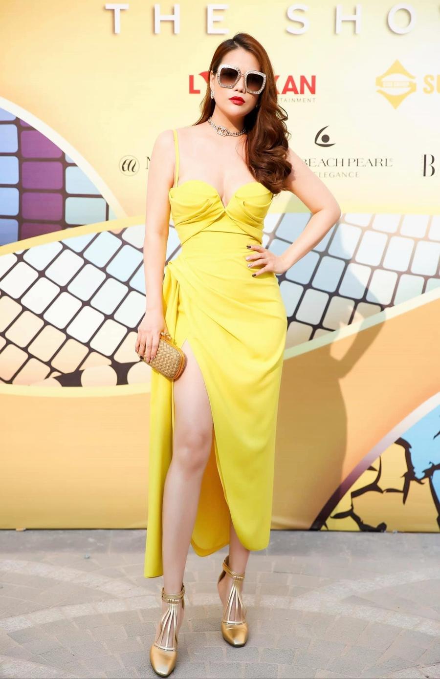 Trang phục của Lê Thanh Hòa trong FashionVoyage hồi tháng 3 tại Phú Quốc. Ảnh: Trần Đạt.