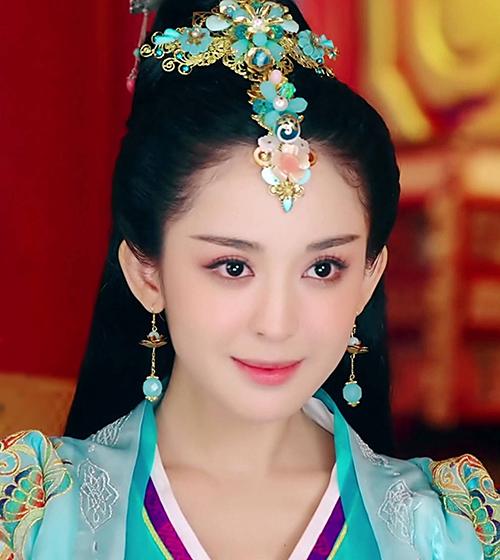 Trước đó, năm 2016, Na Trát đóng Điêu Thuyền trong phim truyền hình Võ thần Triệu Tử Lon.