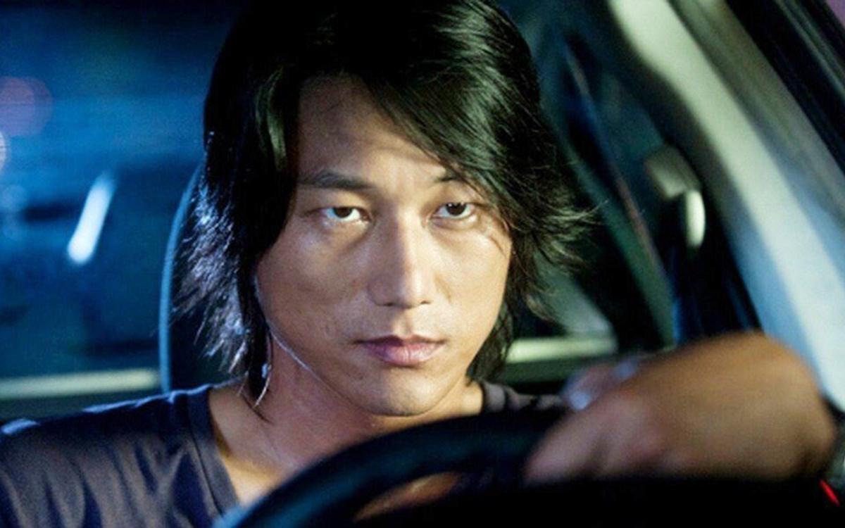 Nghiệp diễn của Sung Kang gắn liền với vài Han Lue. Ảnh: Universal.