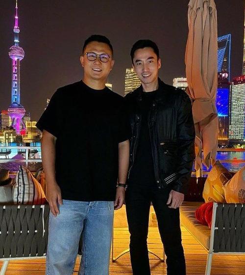 Lại Hoằng Quốc (phải) đăng ảnh trên trang cá nhân hôm 8/5. Ảnh: Instagram/Laihongguo.