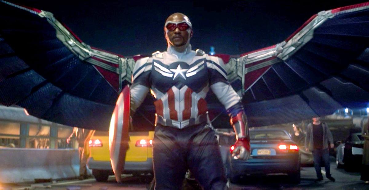 Tạo hình của Sam Wilson khi mang danh hiệu Captain America. Ảnh: Disney Plus.