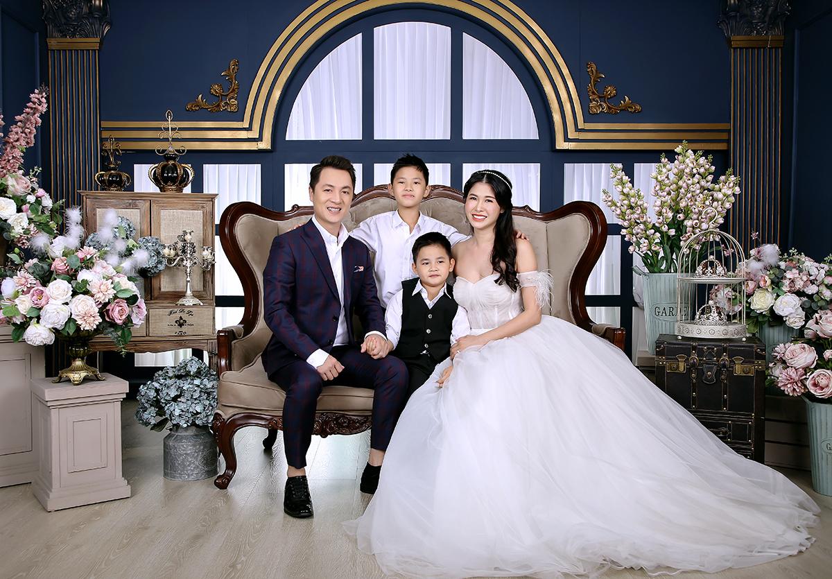 Vợ chồng Đăng Khôi mừng ngày cưới của bố mẹ  - 5