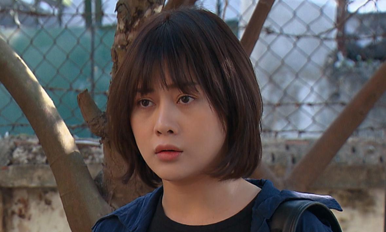 Phương Oanh cắt tóc ngắn, vào vai cô gái cá tính Phương Nam. Ảnh: VFC.