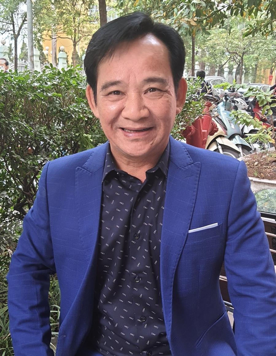 Nghệ sĩ Quang Tèo được nhiều nhãn hàng chọn làm gương mặt hợp tác. Ảnh:Hiểu Nhân.