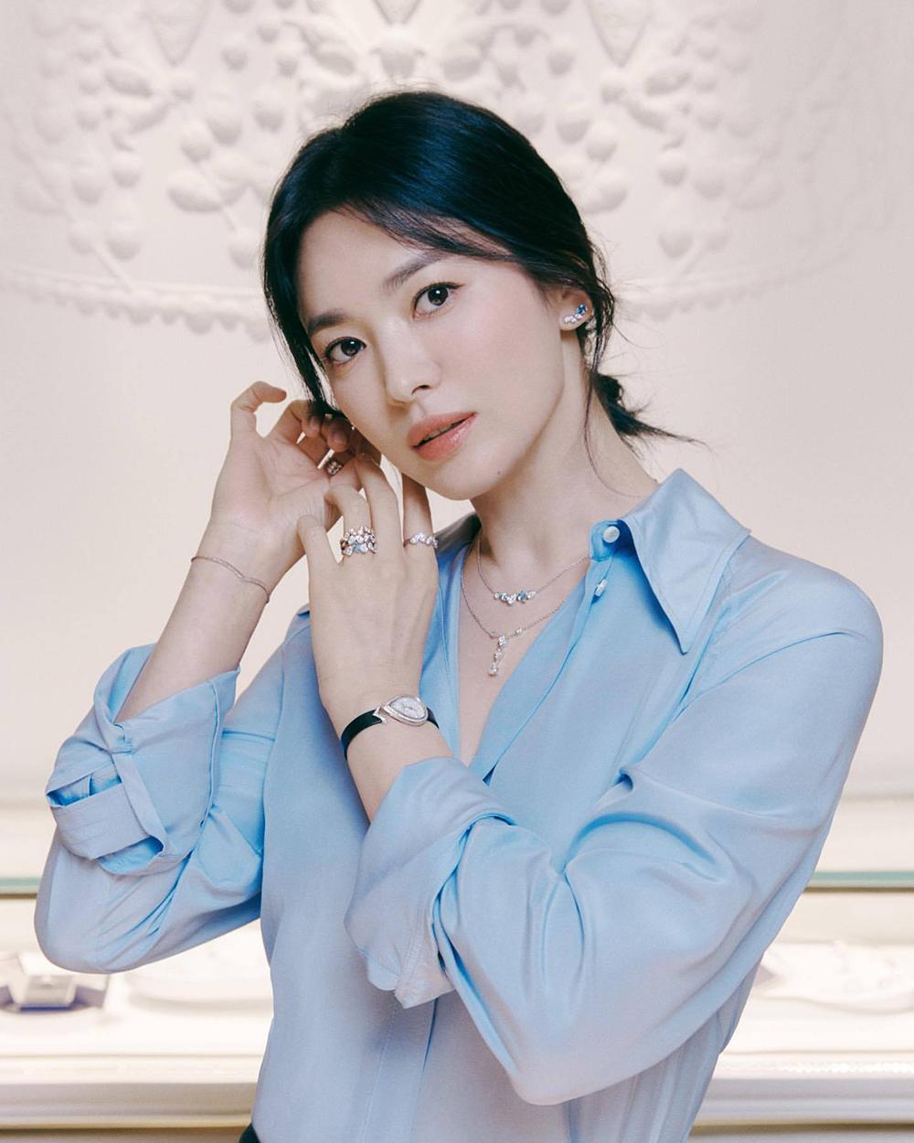 Nhan sắc Hye Kyo tuổi 40. Ảnh: Chaumet.