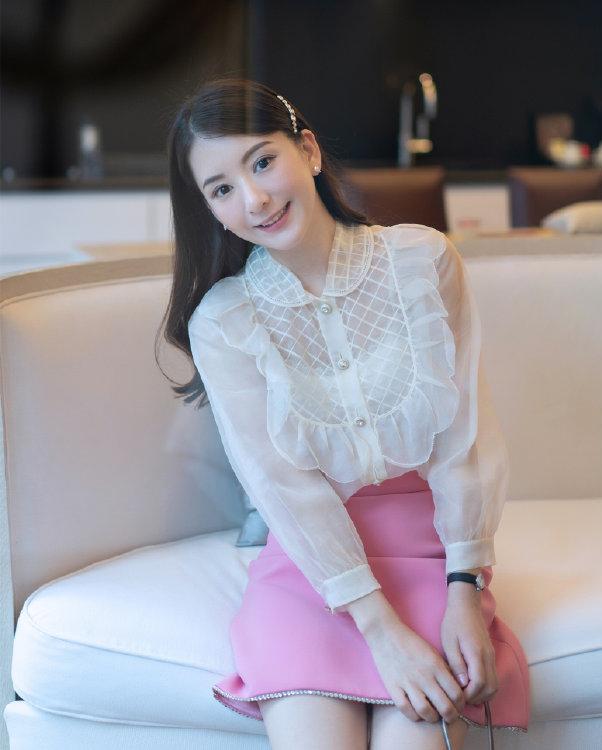 Nhan sắc vợ Quách Phú Thành tuổi 34 - 5