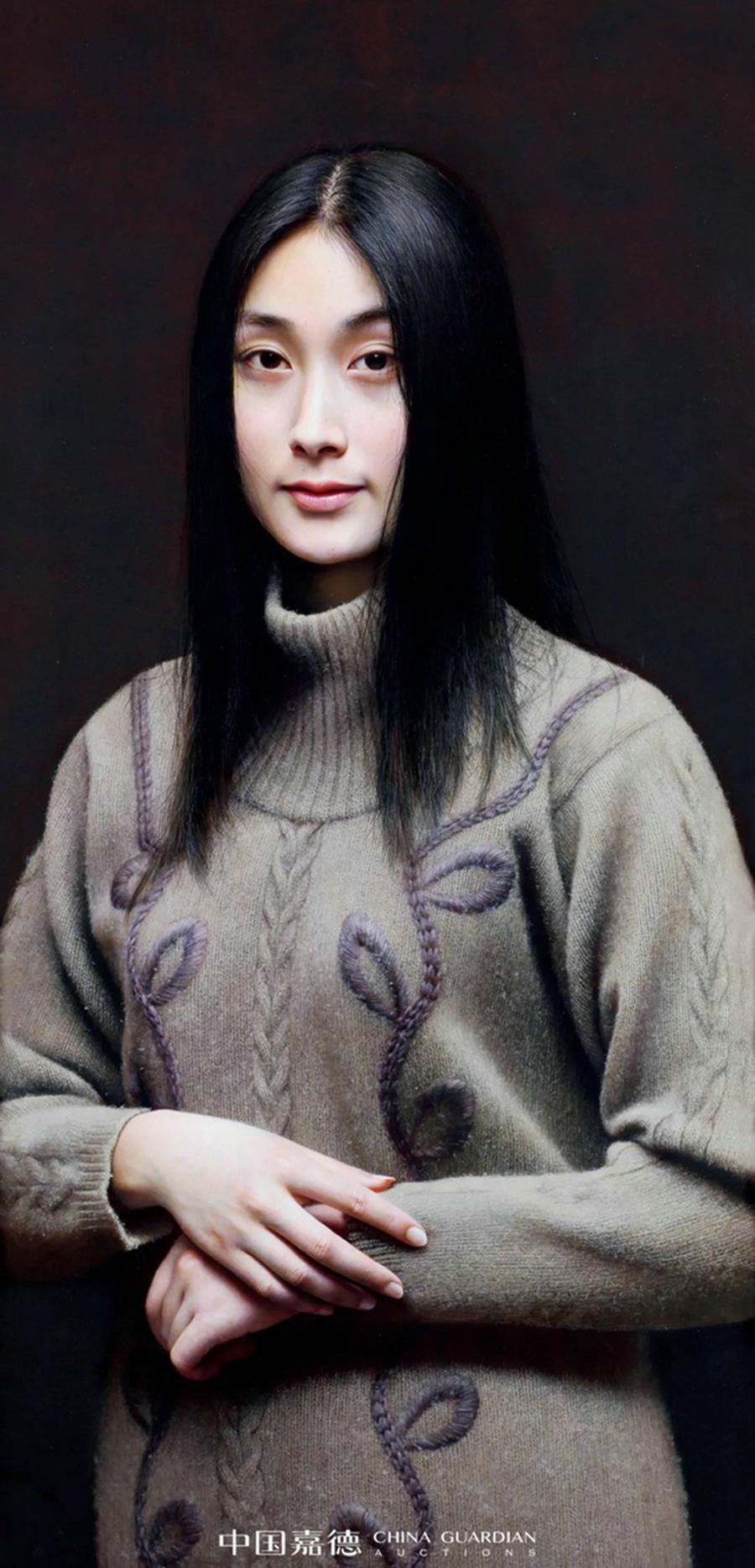 Trong phiên đấu giá mùa xuân có tên Đêm nghệ thuật đương đại của China Guardian hôm 20/5, tác phẩm Mona Lisa - Thiết kế của nụ cười bán với 80,5 triệu NDT.kích thước 125x45 cm, vẽ năm 2004ông chọn nền đen sâu, đơn giản khắc họa hình ảnh người phụ nữ phương Đông đang mỉm cười, dựa trên bố cục cuộc cổ điển của hội họa Trung QUốc. Theo Beijing Daily, từng sợi tóc, da thịt, quần áo của người phụ nữ trong tranh đều ảnh hưởng mạnh mẽ tới thị giác của người xe,. Tác phẩm đoạt giải Xuất sắc tại Triển lãm mỹ thuật toàn quốc lần thứ 10.