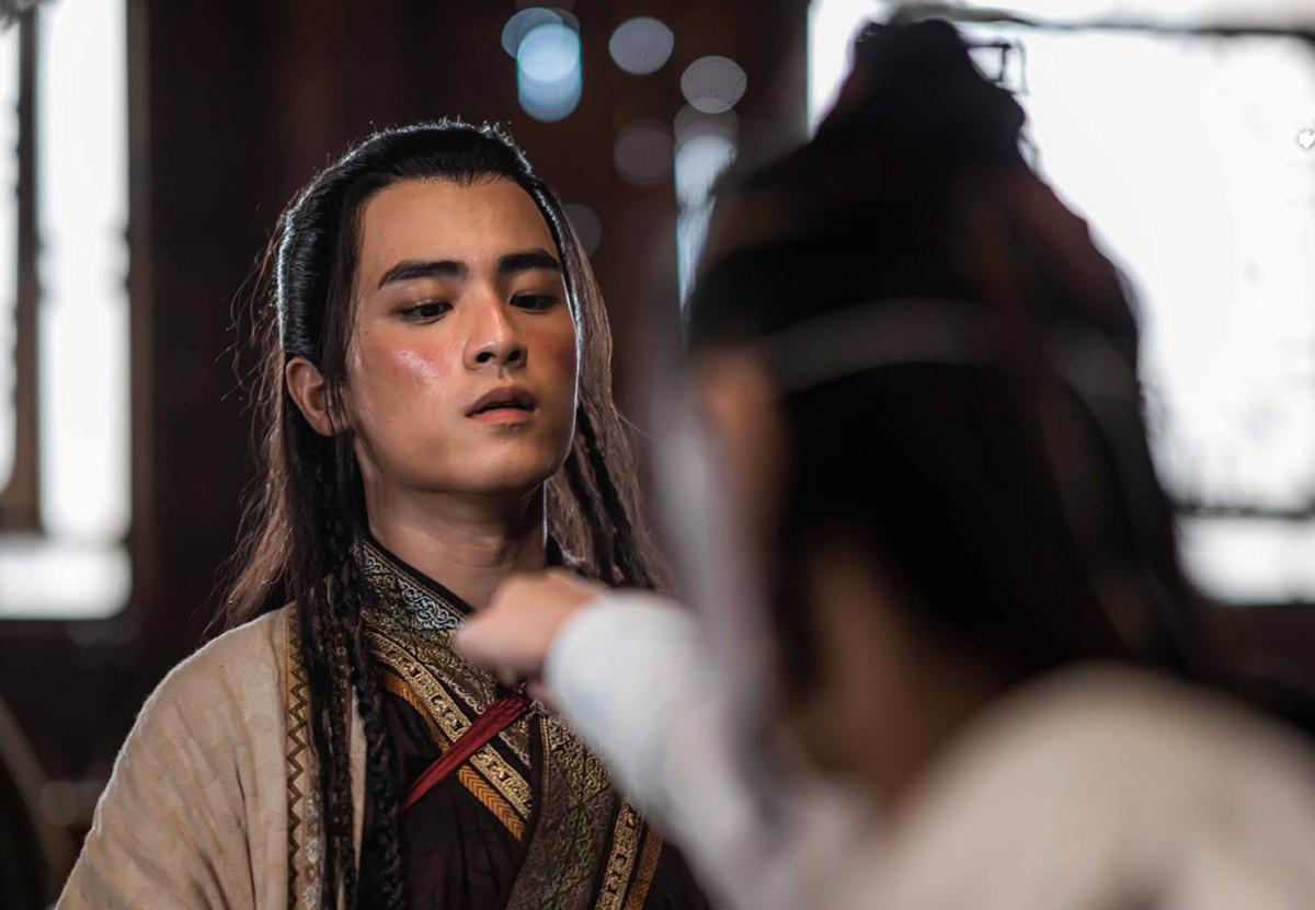 Trên Weibo, nhiều khán giả khen Cảnh Nghiệp Đình điển trai, kỳ vọng diễn xuất của anh trong bộ phim kiếm hiệp.