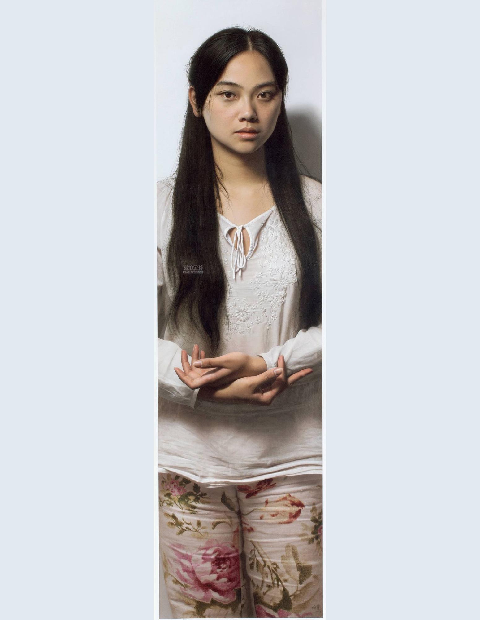 Tại cuộc đấu giá mùa thu của Poly ở Bắc Kinh, bức Chân dung Tiểu La được bán với giá 31,36 triệu NDT (4,9 triệu USD).Tiểu La là chân dung về vợ của họa sĩ Lãnh Quân. Cô tên La Min, sinh năm 1981 tai Trùng Khánh. Cô tốt nghiệp Đại học Giang Hán.