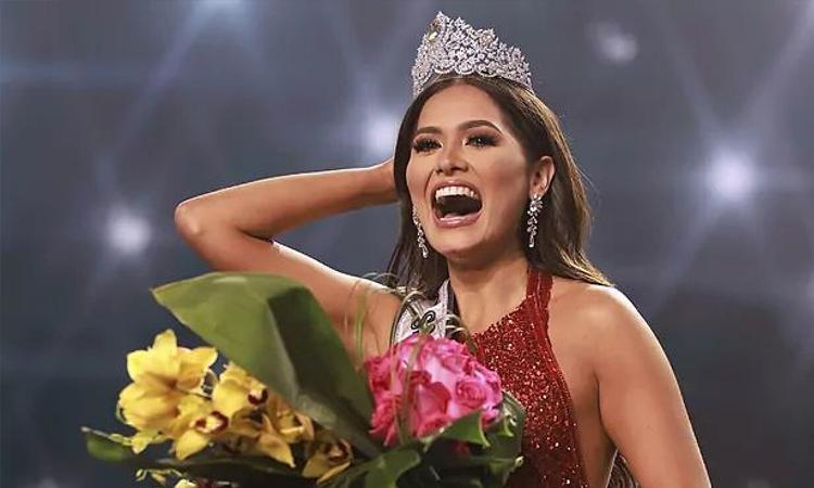 Người đẹp Mexico Andrea Meza đăng quang Hoa hậu Hoàn vũ hồi tháng 5. Ảnh: Marca.