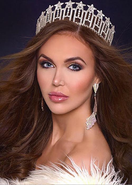 Madeleine Overby - người trả lại vương miện Miss Supranational USA 2021. Ảnh: Madeleine Overby Instagram.