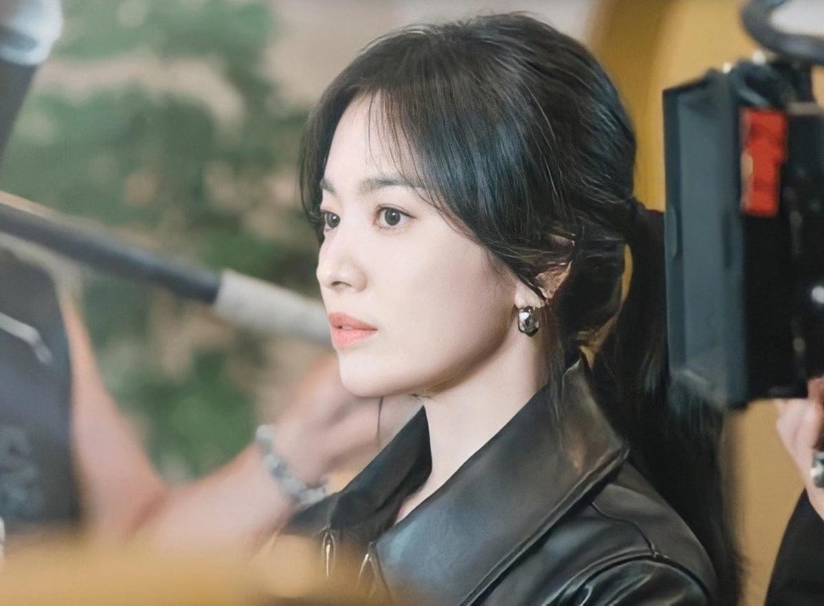 Song Hye Kyo được khen với tạo hình trong phim mới