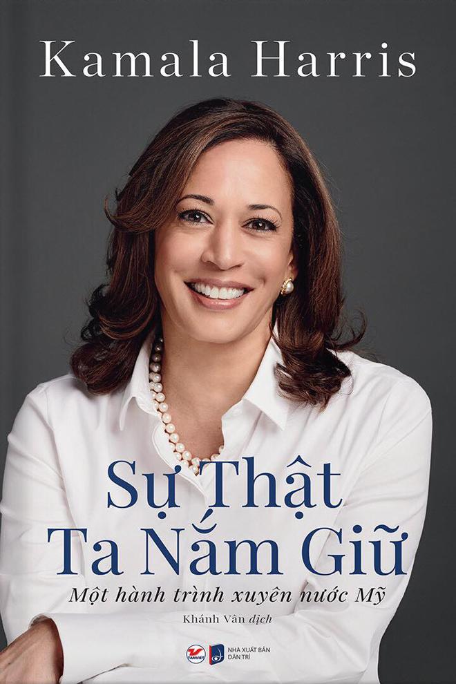 Sách ra mắt độc giả Mỹ năm 2018, vừa được NXB Dân trí phát hành tại Việt Nam, do Khánh Vân dịch.
