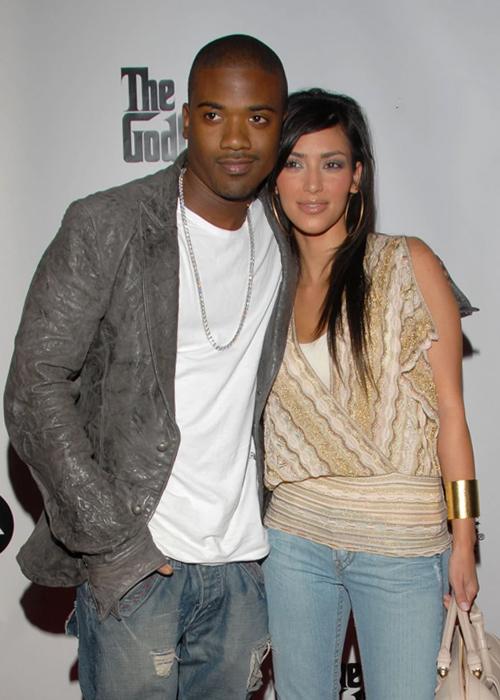Kim Kardashian và rapper Ray J (trái) hẹn hò đầu thập niên 2000. Ảnh: Wire Image.