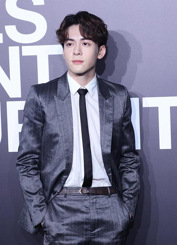Tăng Thuấn Hy, tài tử đóng Trương Vô Kỵ trong Ỷ Thiên Đồ Long Ký 2019.