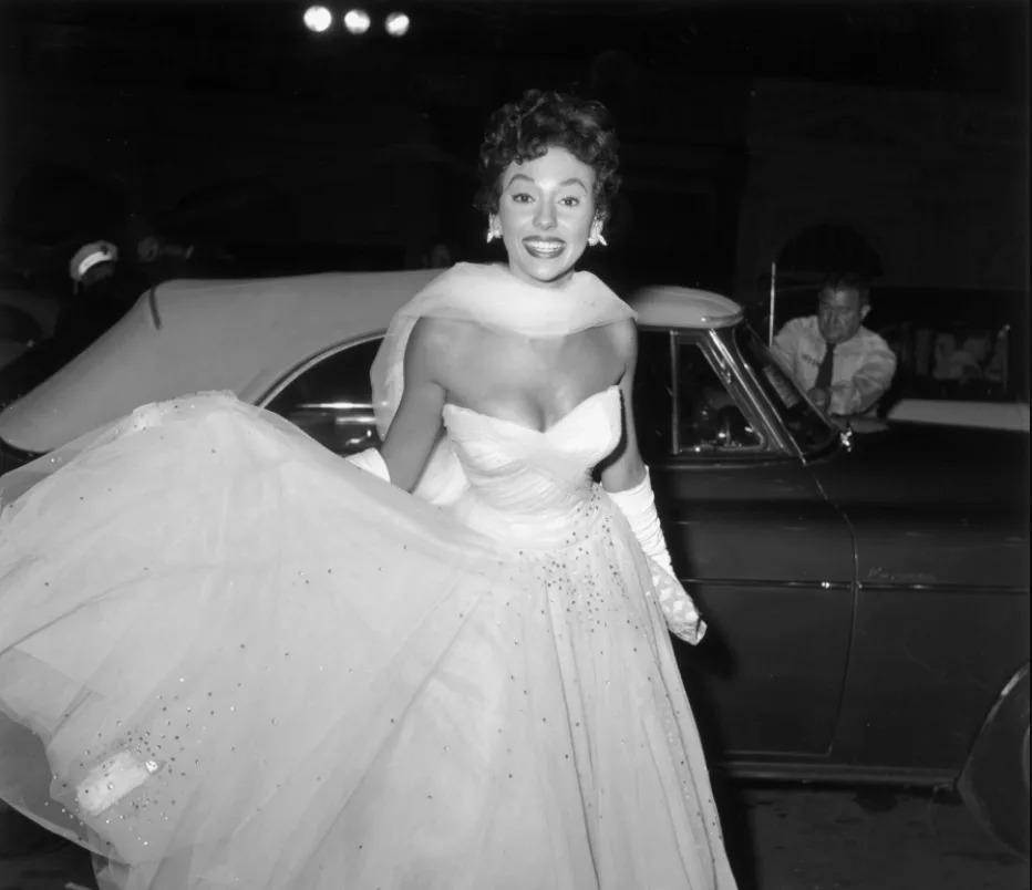 Hình ảnh Rita Moreno thời trẻ trong phim tài liệu Just a Girl Who Decided to Go for It. Ảnh: Roadside Attractions.