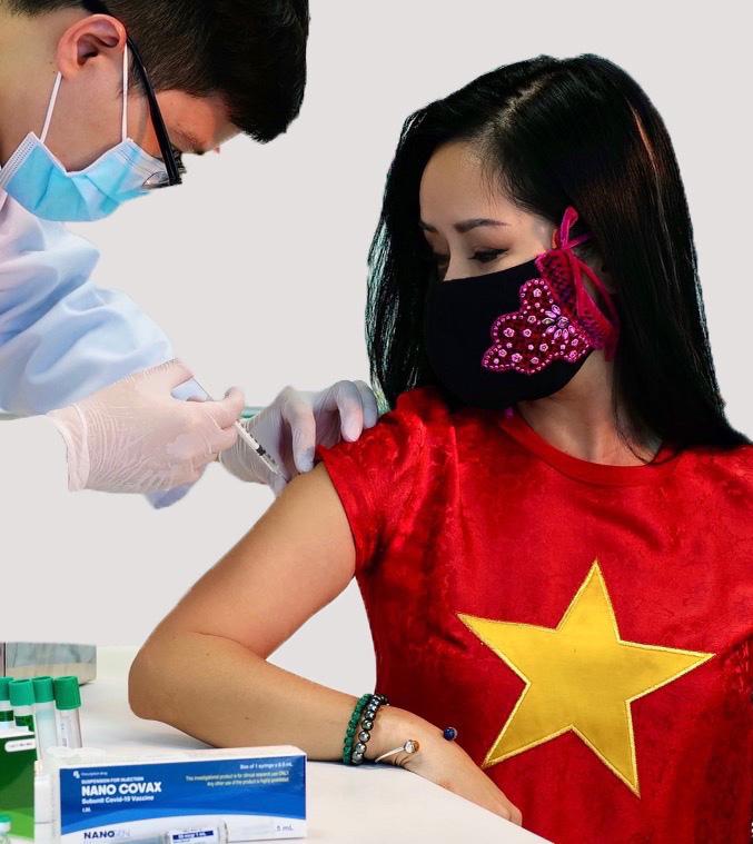 Ca sĩ Hồng Nhung tiêm mũi đầu tiên vaccine Nanocovax. Ảnh: Nhân vật cung cấp.