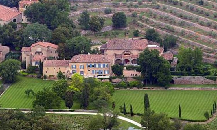 Khu điền trang rượu vang Chateau Miraval của Angelina Jolie và Brad Pitt. Ảnh: TMZ.