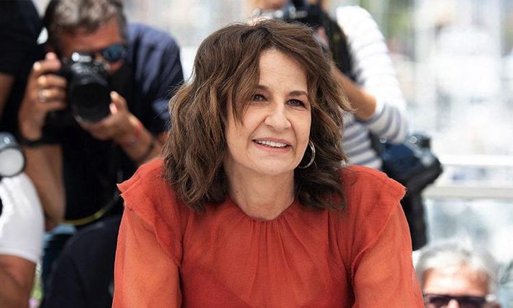 Valérie Lemercier tại buổi công chiếu phim tại LHP Cannes. Ảnh: Elle.