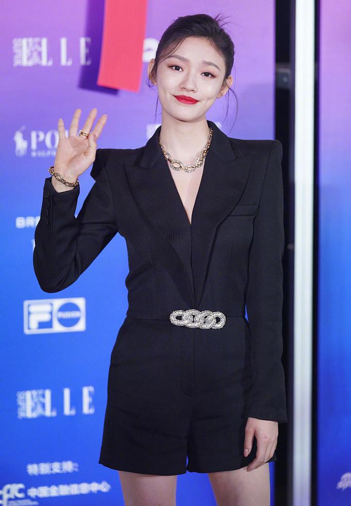 Lâm Doãn - nữ chính phim Mỹ nhân ngư của Châu Tinh Trì.