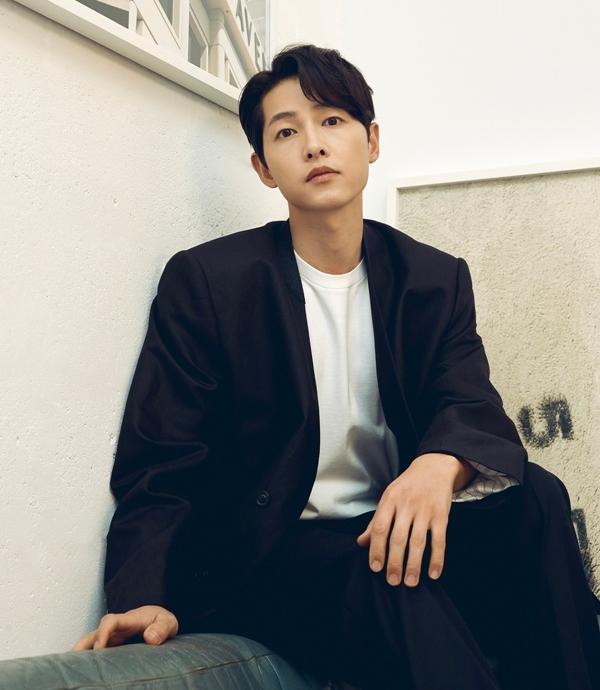 Sau khi ly hôn, Song Joong Ki tập trung hoạt động nghệ thuật, liên tiếp tham gia các dự án mới. Ảnh: MK.