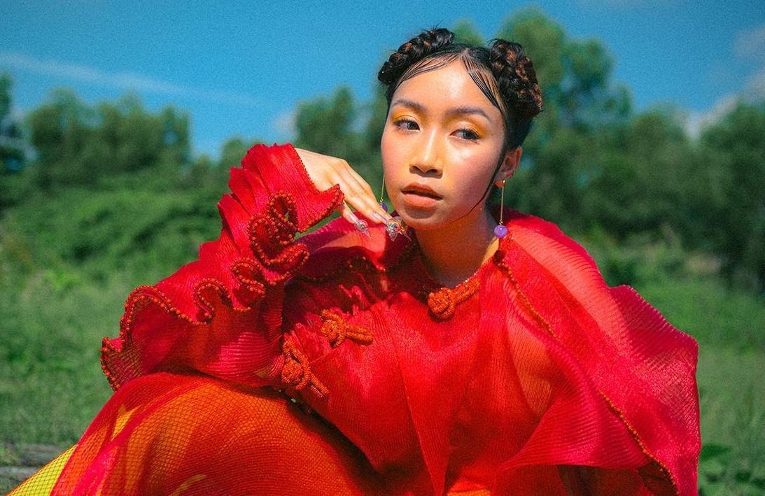 Gu thời trang tuổi 19 của con gái Mỹ Linh