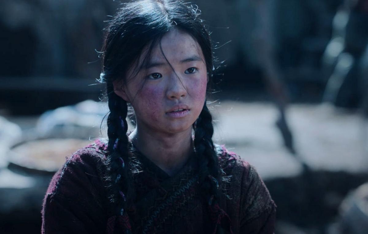Diễn viên nhí Kim Si Ah - đóng Ashin hồi nhỏ - được khen diễn xuất tốt. Ảnh: Netflix.