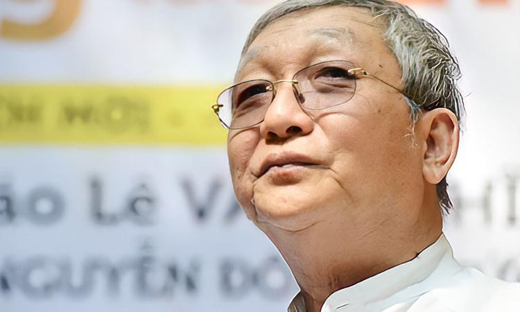 Nhà văn Lê Văn Nghĩa (1953 - 2021). Ảnh: Phong Quang.