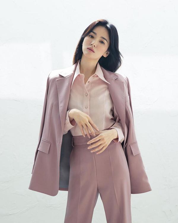 Song Hye Kyo đang đóng phim truyền hình Now, We Are Breaking Up. Sau tác phẩm này, cô sẽ tham gia hai dự án khác. Ảnh: Michaa.