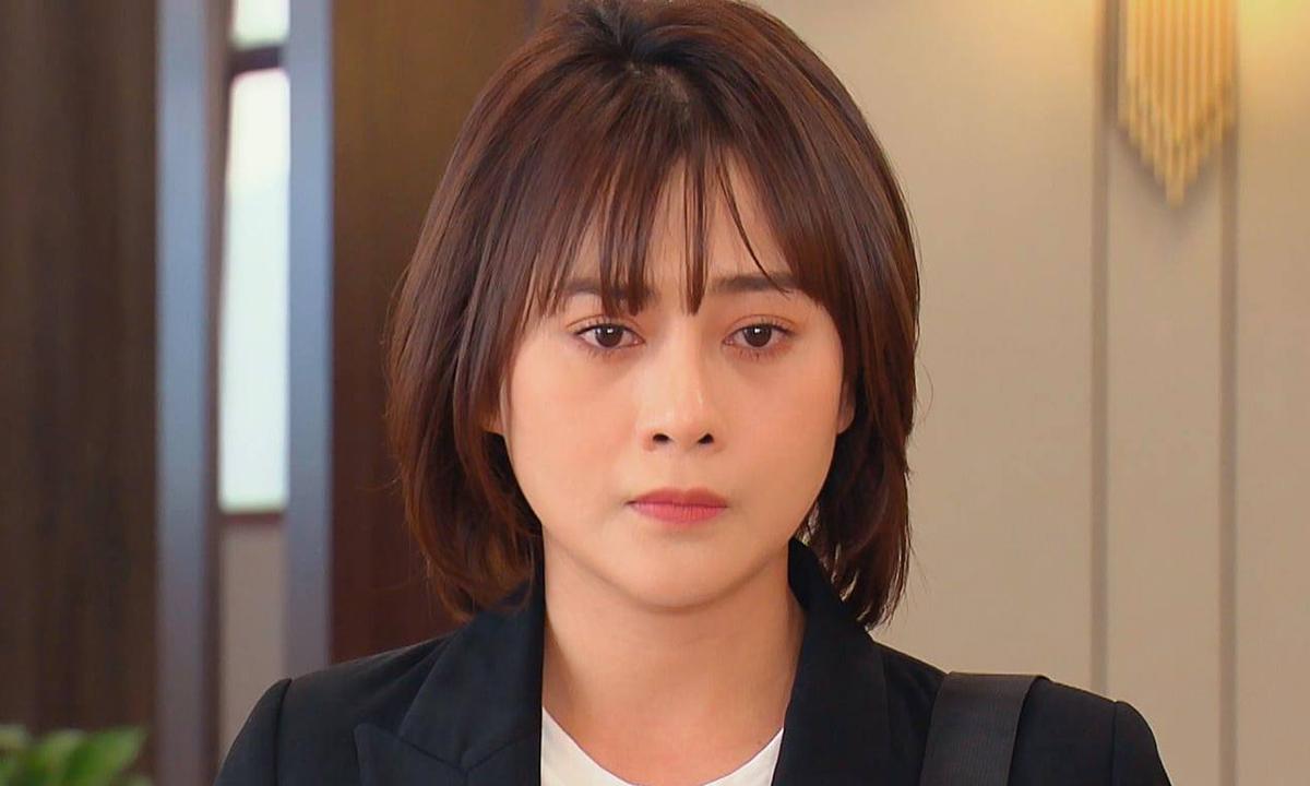 Phương Oanh đóng Nam trong Hương vị tình thân. Ảnh: VFC.
