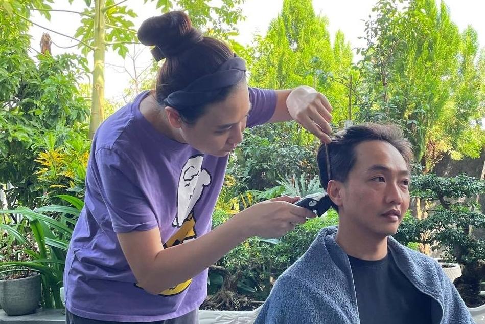 Sau nhiều đợt giãn cách, Cường Đôla nhận xét tay nghề của vợ anh - Đàm Thu Trang - ngày càng tiến bộ.